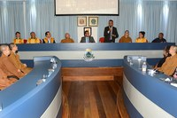 Vereadores entregam Honrarias aos Membros da Fundação Filhos de Buda